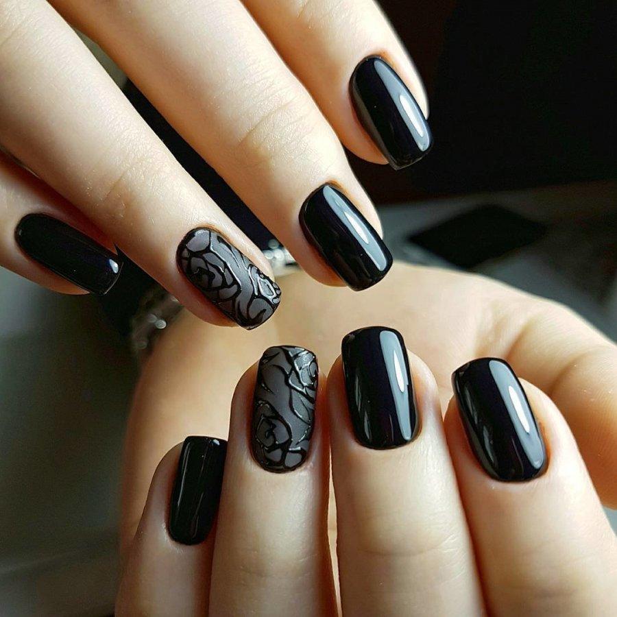Красивый маникюр черного цвета (53 фото)
