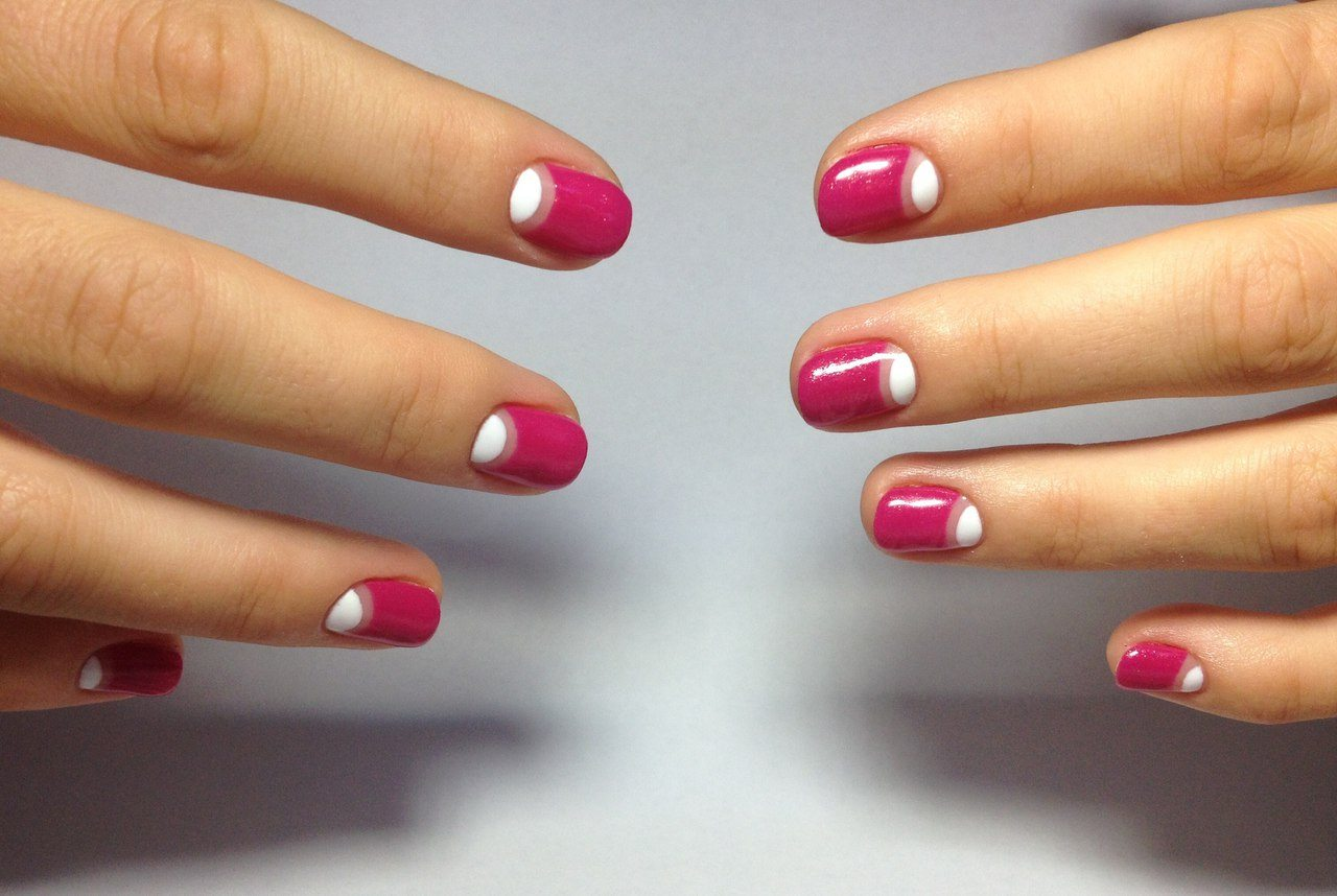 Лунный маникюр фото на короткие ногти пошагово