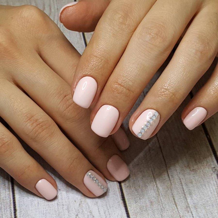 Красивые ногти светлый маникюр фото